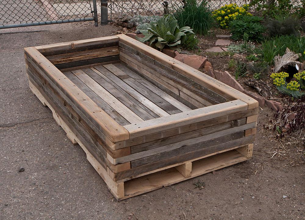 Famous reclaimed-stacked-palette-wood-planter_3 - Custom by Rushton, LLC JT63