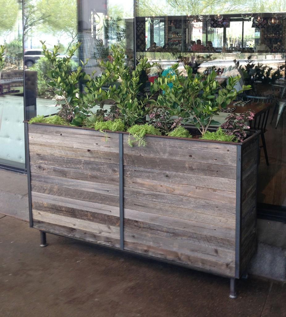 Steel Frame Planter With Cedar Wood Insert