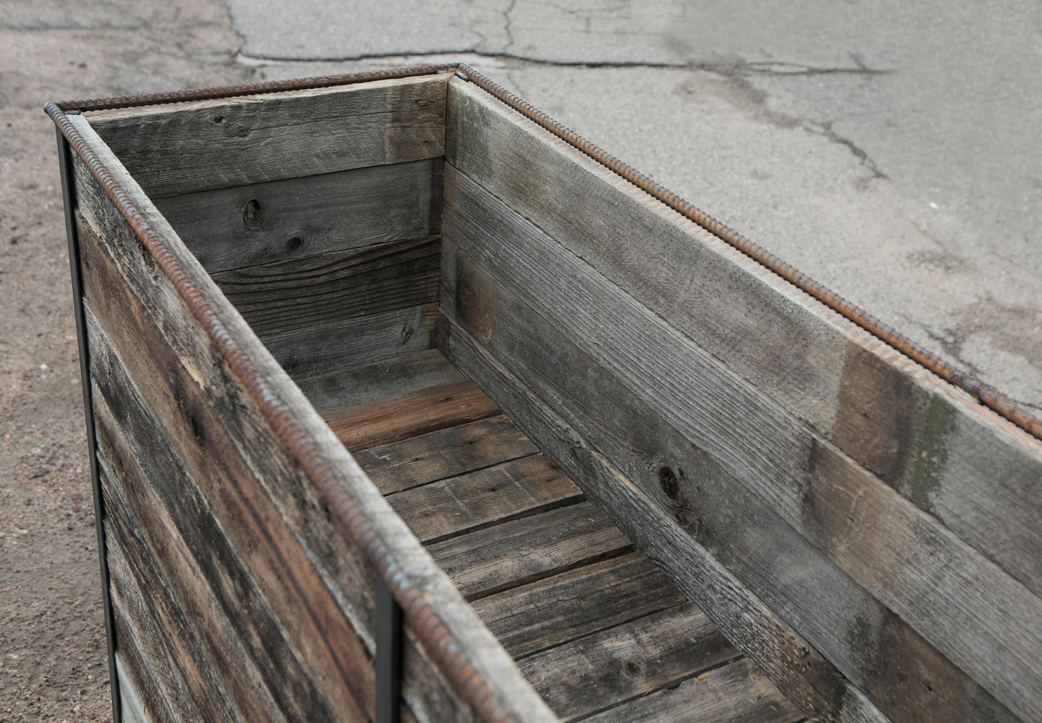 Steel Frame Planter with casters