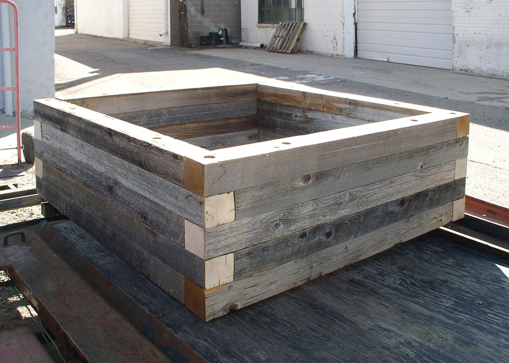 Reclaimed Wood Raised Bed Garden Planters