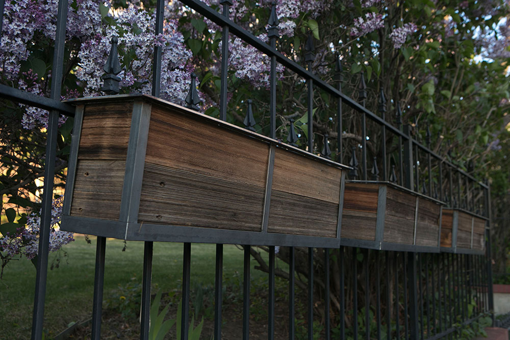 reclaimed railing planters for your deck or front yard - Railing Planters